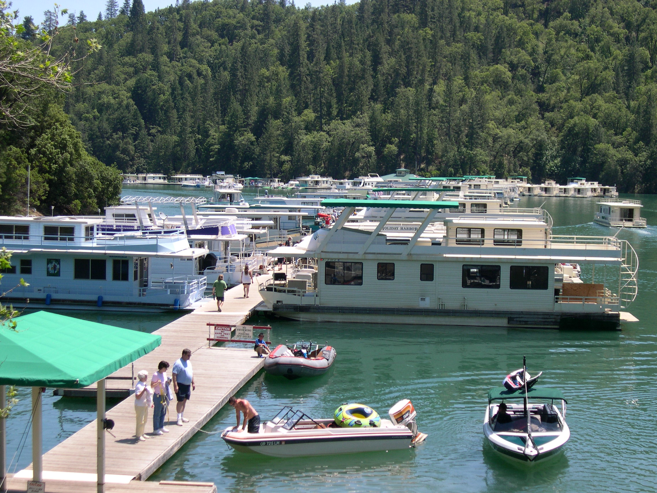 The Harbor Cafe at Shasta Lake in California