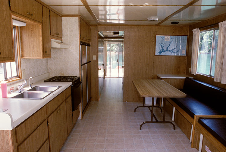 The Premiere Houseboats Shasta Lake Holiday Harbor