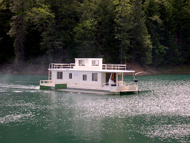 The Marquis Houseboats Shasta Lake Holiday Harbor Resort