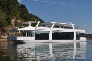 Houseboat Rental On Lake Shasta