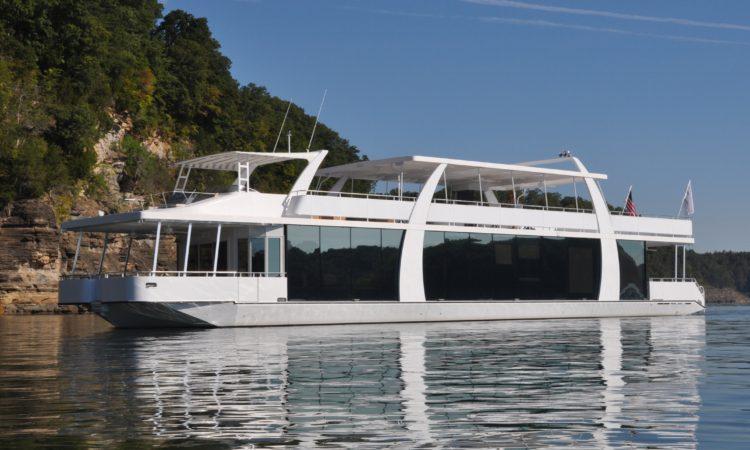 Houseboat Rental On Lake Shasta