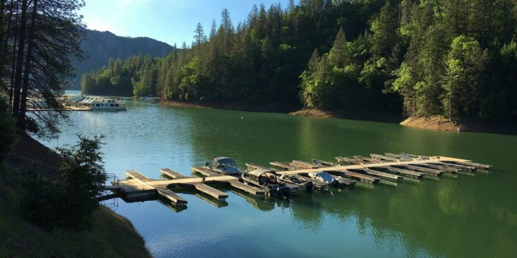 Marina at Holiday Harbor on Shasta Lake