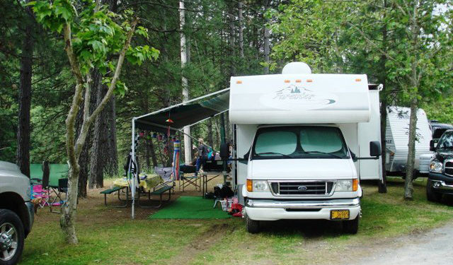 shasta lake holiday harbor rv campground