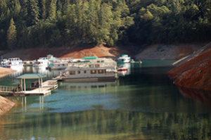shasta lake boat marina holiday harbor