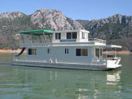 Houseboats shasta lake ca holiday harbor resort marina for Houseboats for rent in california