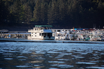 Shasta Lake Houseboats